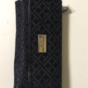 Women's trifold Tommy Hilfiger wallet
